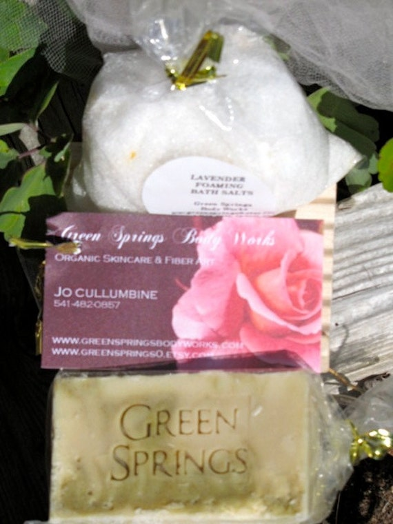 Organic Gift Set -  Foaming Bath Salts and Goat's Milk Soap with Dish