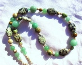 SALE, Green Potpourri Necklace