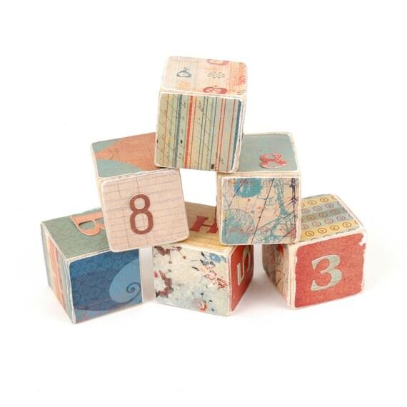 6 small wooden blocks