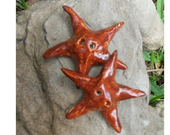 2 Puffy Star Pillow Stoneware Buttons