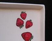 strawberry tray/dish