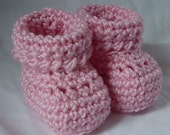 Crochet Booties for Newborn to 3 month Baby Girl in Pink