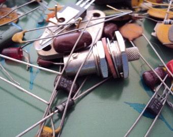 Steampunk Supply  Retro TV/Transister Radio Parts Lot 1