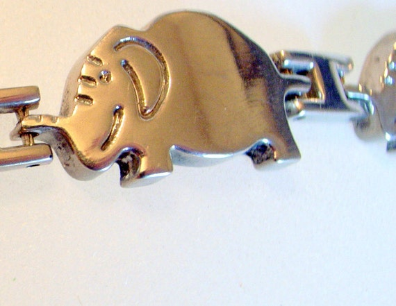 Happy Elephants Bracelet - Vintage In Solid Sterling Silver - Smiling Elephants 7 Inches or 18cm