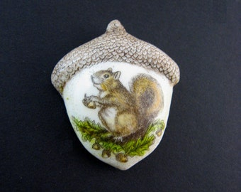 squirrel acorn pin pendant animal rodent Moosup Valley Designs