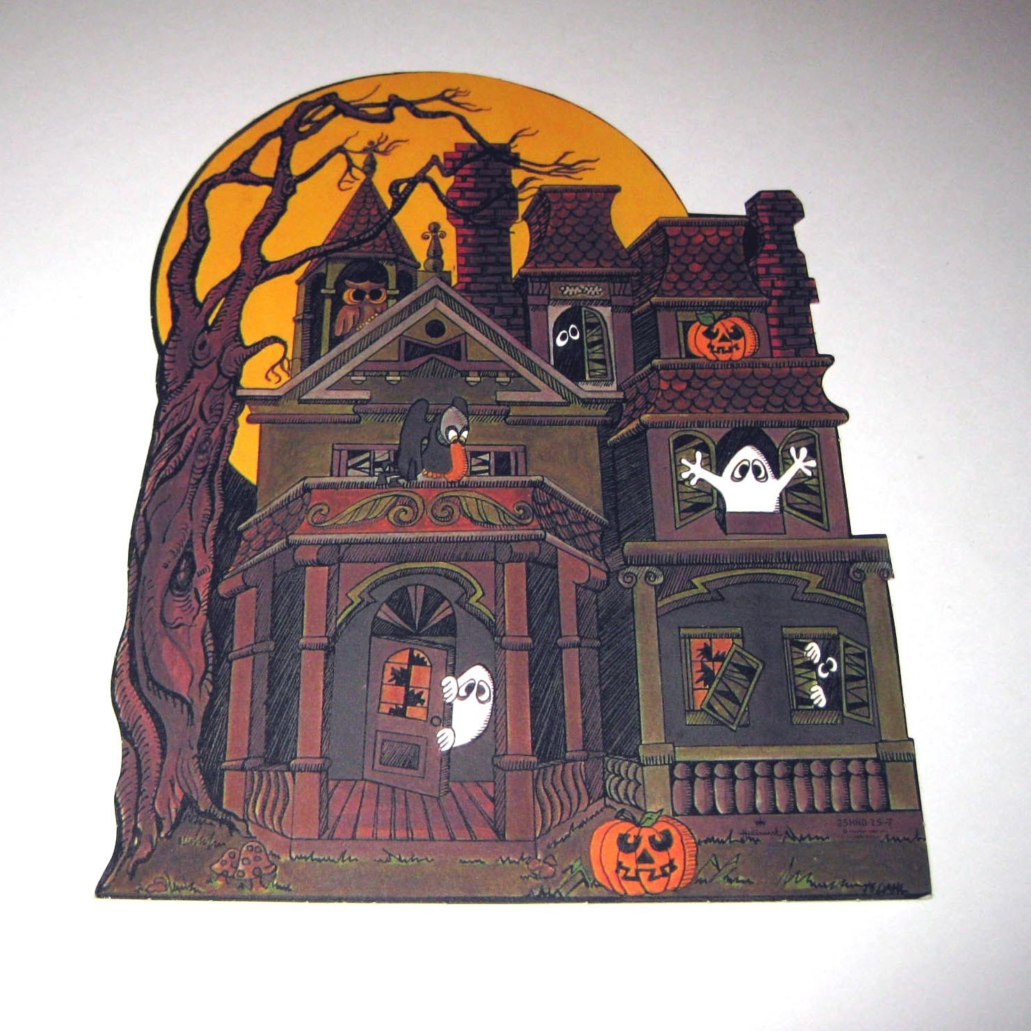 Vintage die cut hallmark halloween decoration of haunted house for Decoration retro