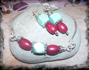 Free US Shipping Turquoise and Burgundy Jade Bangle and Earrings