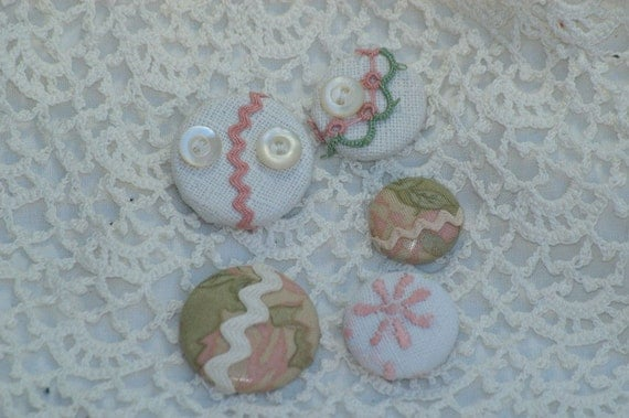Pink and Green Vintage Linen Push Pins