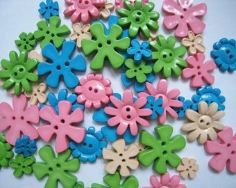 30 pcs of Flower Button - 15mm to 33mm - Teal Pink Beige Lime Green