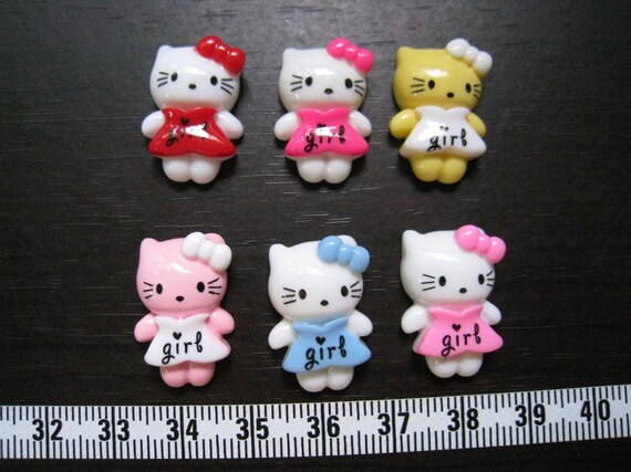 18pcs of  Kitty Girl Cab - LAST SET without the yellow one