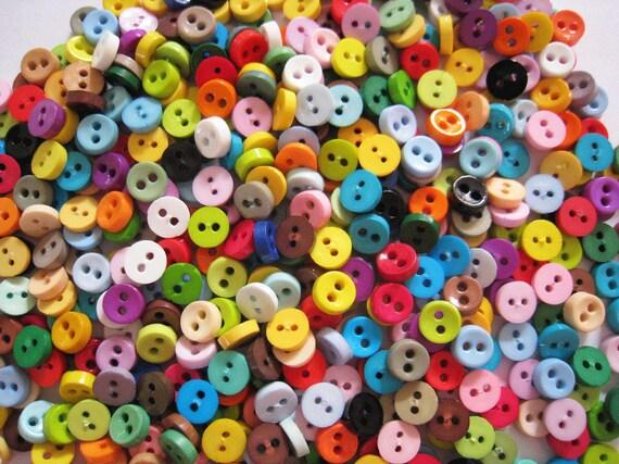 100 pcs of tiny button 6.5 mm