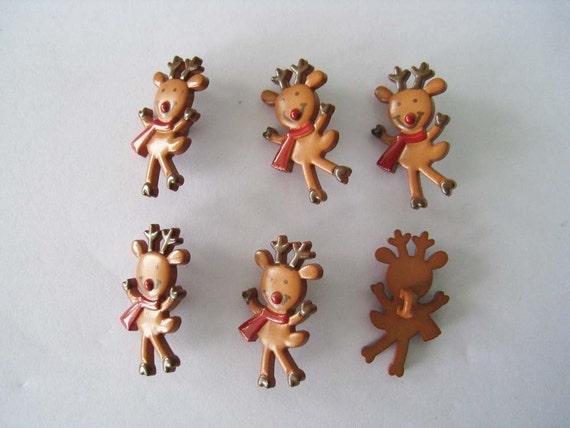 18 pcs of Happy Reindeer Button LAST SET