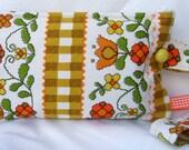 Seventies Style Wristlet Bag