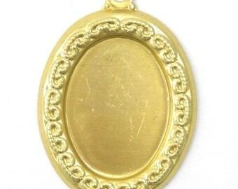4 Ornate Raw Brass Stampings - 18x13mm Oval Setting - 1 Loop FI131