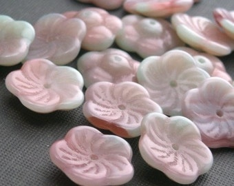 25 Pistachio Raspberry Swirl 12mm Pinwheel Flower Czech Glass Beads CZP146