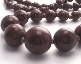Vintage Czech Glass Graduated Beads 1 Strand Chocolate Brown VGB36