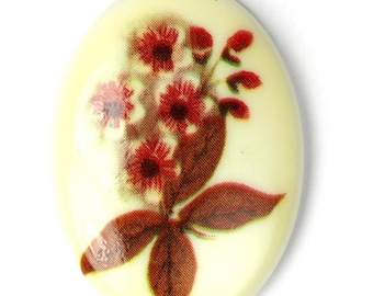 Vintage Plastic Floral Cameos 30x22mm Red and Brown Flowers (2) VIC241