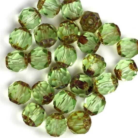 Czech Glass Beads Fire Polished Renaissance 6mm Peridot Picasso (25) CZF354