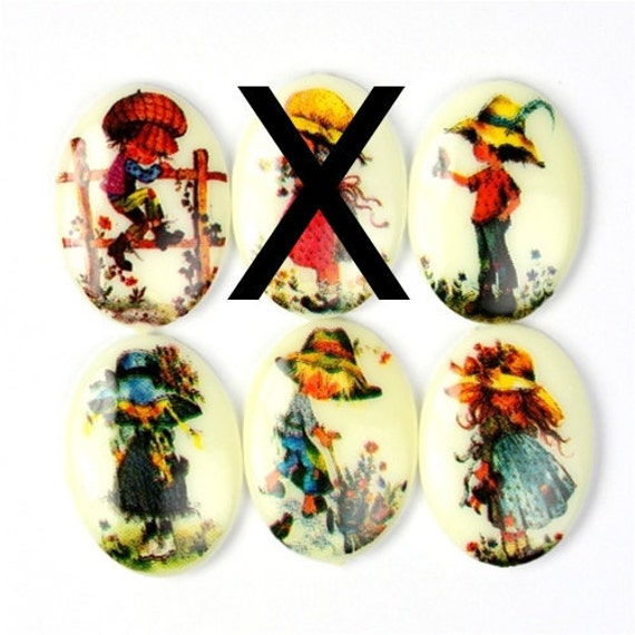 Vintage Cameo Plastic 18x13mm Cute Little Folks (5) VIC197
