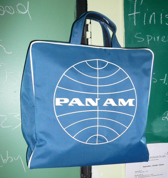 """PAN AM Travel Flight Bag - Fantastic Condition with Catch Phrase """"Going Great"""""""