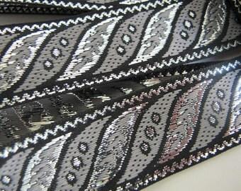 3 yards SLANTED LEAVES Jacquard trim in gunmetal grey, silver, on black. 1 inch wide. 187-G