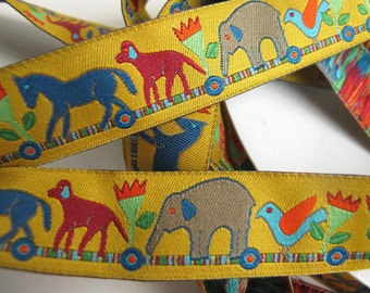 4Ft + ANIMAL TRAIN Jacquard trim. Grey, orange, burgundy, turquoise, green on golden yellow. Super design. 7/8 inch wide. 915-A