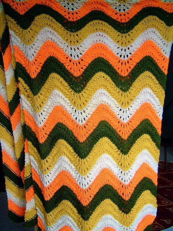 1970s Retro Chevron Zig Zag Afghan Blanket in Goldenrod, Avocado Green, Orange and Cream
