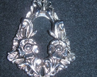 Silver Ornate Pendant, Shabby Chic, Dainty