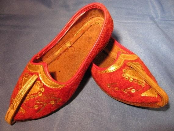 Halloween Genie Shoes, Child size 5 1950's  Princess Arabian style vintage Children retro costume hand made Arab fashion Egypt design