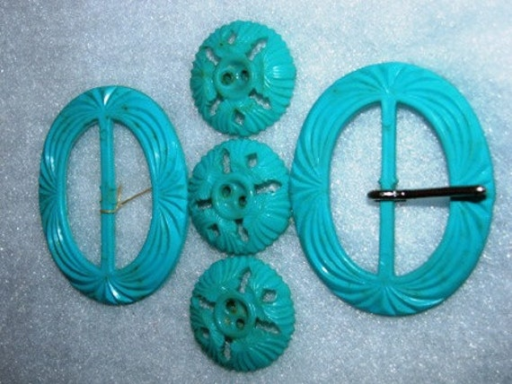 Vintage Teal Belt Buckles & Buttons, Retro Rock A Billy, Plastic, Sewing Supplies 41D