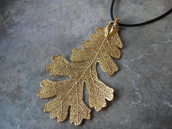 Real Leaf Pendant Necklace - 24k Gold - Oak