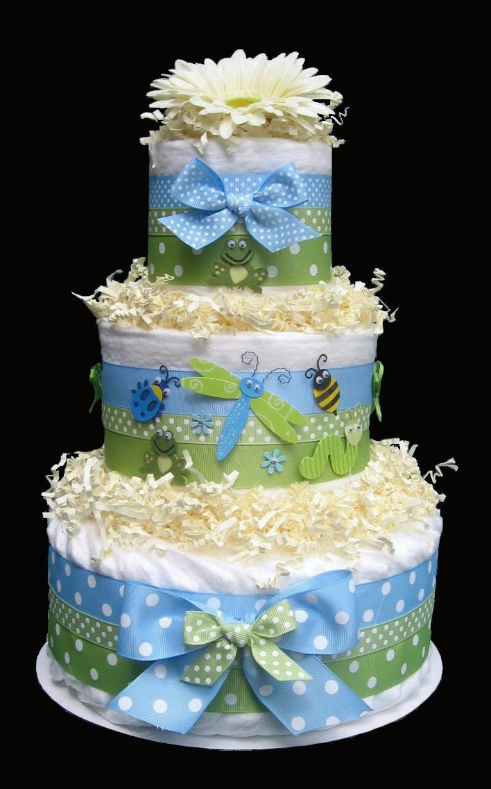 Cake Centerpieces For Baby Shower : Items similar to Snug As A Bug Diaper Cake, Baby Shower ...