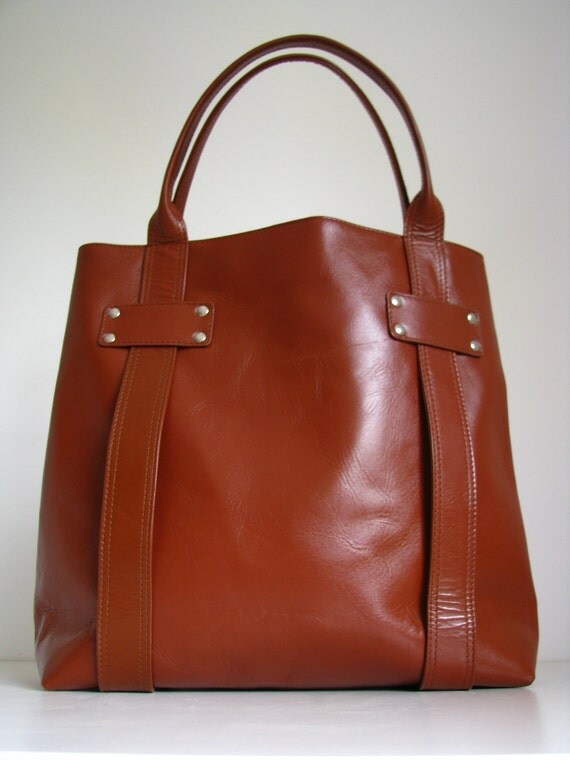 Large Leather Tote Handbag in Tan ONLY ONE - 20% off