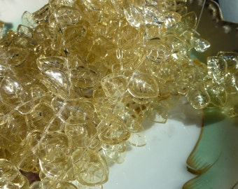 Newer 25 Transparent Pale Yellow Glass Leaf Beads C21