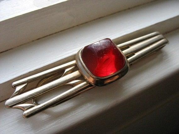 Vintage Hadley Crimson Red Tie Clip