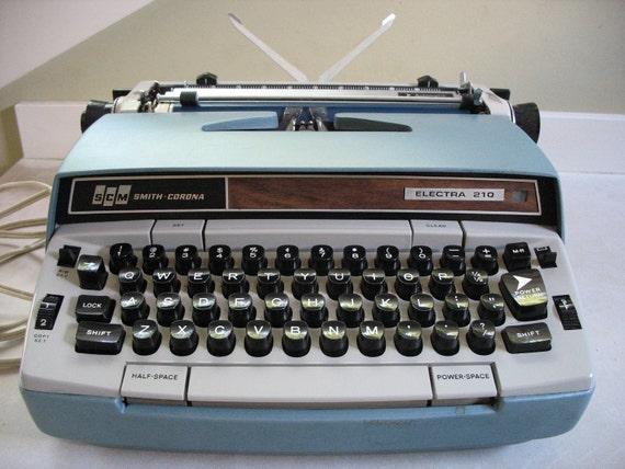 Cursive Smith-Corona Electra 210 Portable Electric Typewriter