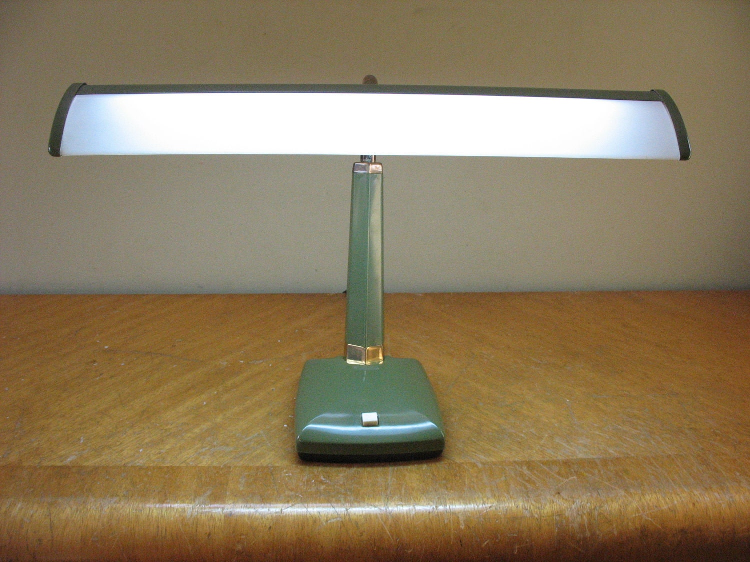 Gallery For Fluorescent Desk Lamps