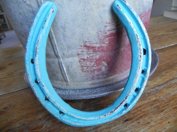 Am I Blue Horse Shoe Rustic and Rusty Cowgirl re purposed Yee Ha Upcycle