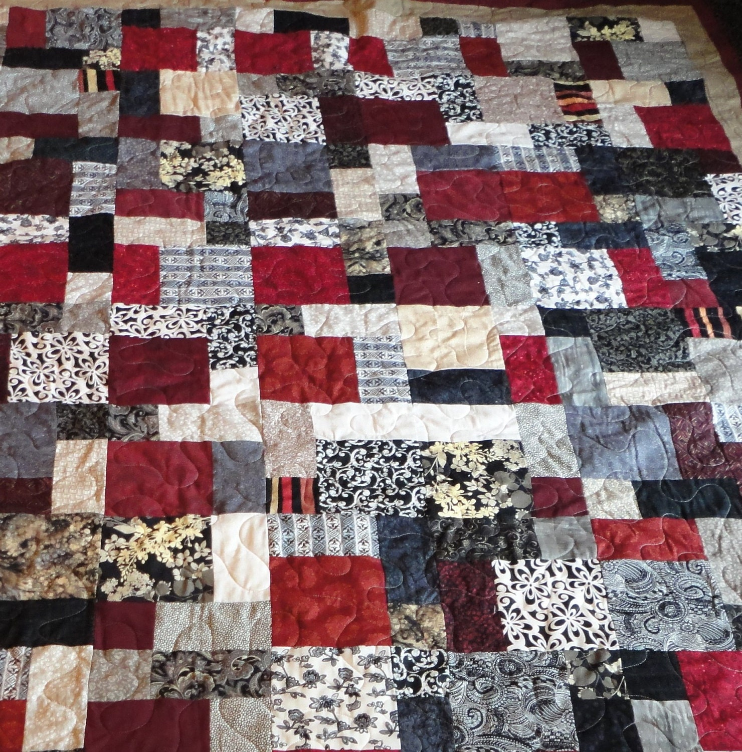Black tan grey and red king size quilt for Black white and gray quilt patterns