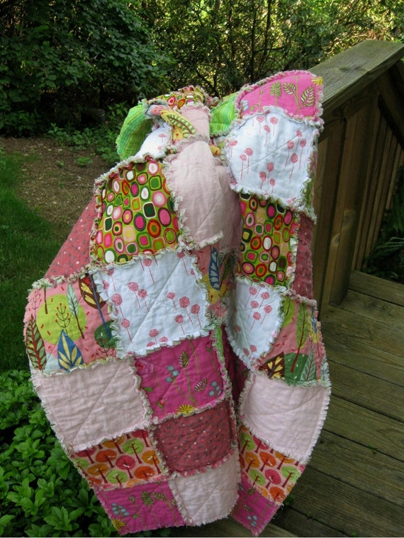 RESERVED for skipperandlee - Raspberry Sherbet - a rag quilt - It's Picnic Time - - -