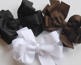 boutique set of simple bow clips in an EVERYDAY assortment