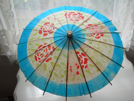 very vintage paper parasols set of three, post war japan 13 inches large