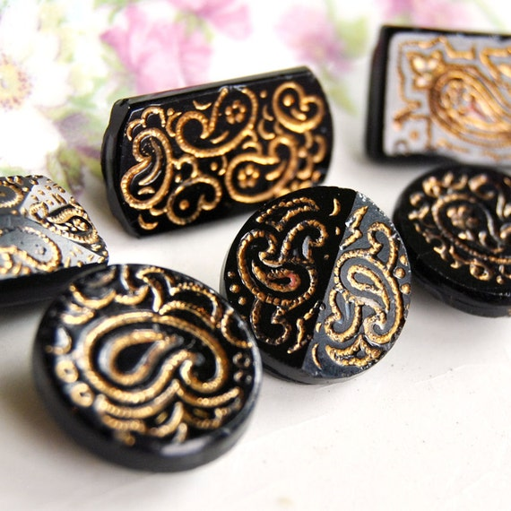 Antique Buttons Paisley Black Glass Button Patterned Jet Group of 6  L914