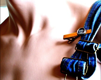 Vintage Typewriter Key Tie Clip - Kiss Me - Pince a Cravate