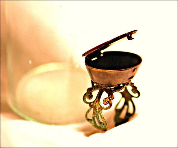 Pill Box Ring - Beaux Arts - Verdigris Adjustable Ring - Vintage Box Artist Ring