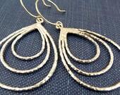 raindrop - modern silver teardrop earrings