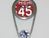 License Plate Car Engine Parts CLOCK- Michigan 1976 - Bicentennial edition