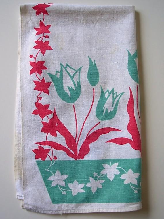 Vintage Tulip Tea Towel / Flour Sack Towel