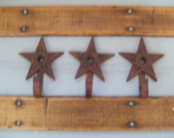 Set 2 Cast Iron Architectural Star Christmas Stocking Hanger Holder Country Wall Hooks