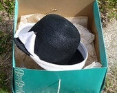 Vintage Black and White Straw Hat with Vintage Hat Box